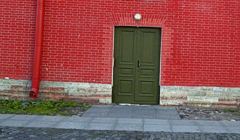 Пазл с дверью