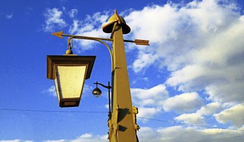 Пазл с фонарём на стреле