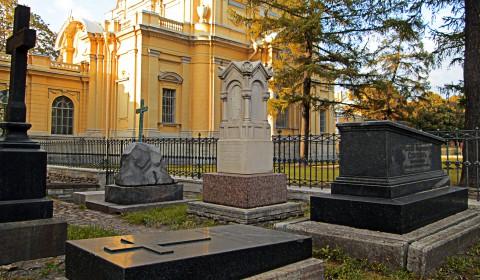 Пазл с кладбищем