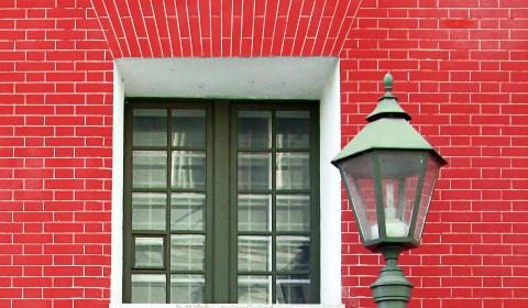 Пазл с окном и фонарём